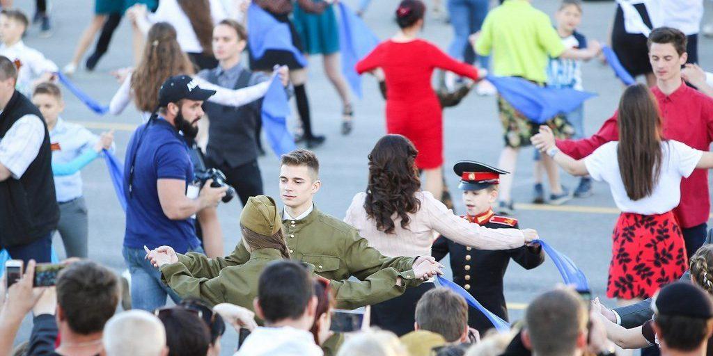 9b6158451cbe 9 мая в Туле состоится патриотическая акция «Синий платочек ...